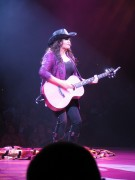 Marie Osmond - North Shore Music Theatre, Beverly, MA 08/29/11 (x44) - Some nice back shots!