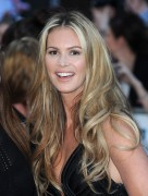 Elle Macpherson at Pride of Britain Awards in London, 3 October, x9