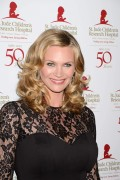 Наташа Хэнстридж, фото 843. Natasha Henstridge St Jude Children's Research Hospital Gala in Los Angeles - January 7, 2012, foto 843