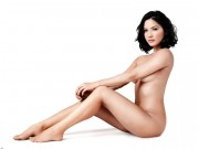Olivia Munn : Naked Wallpapers x 2