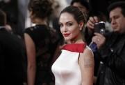 Анджелина Джоли, фото 7433. Angelina Jolie - 69th Annual Golden Globe Awards, january 15, foto 7433
