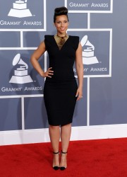 Алиша Киз (Алисия Кис), фото 3077. Alicia Keys 54th annual Grammy Awards - 12/02/2012 - Red Carpet, foto 3077