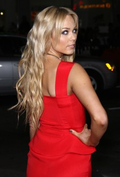 Лаура Вандервуд, фото 285. Laura Vandervoort - This Means War premiere in Hollywood - 8 Feb (HQ), foto 285