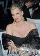 Наташа Хэнстридж, фото 882. Natasha Henstridge Elton John AIDS Foundation Academy Awards Viewing Party - February 26, 2012, foto 882