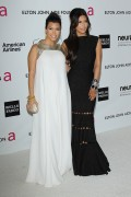 Ким Кардашиан, фото 7964. Kim Kardashian Elton John AIDS Foundation Academy Awards Party - 02/26/12*with sister Kourtney, foto 7964,